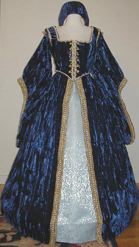 the catherine tudor elizabethan dress
